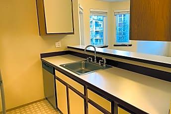 Kitchen, 1616 Summit Ave, 0