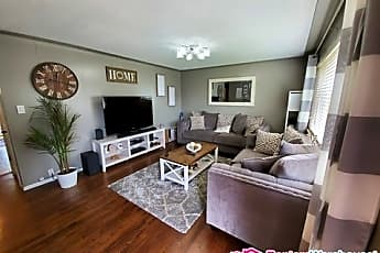 Living Room, 8713 Princeton St, 0