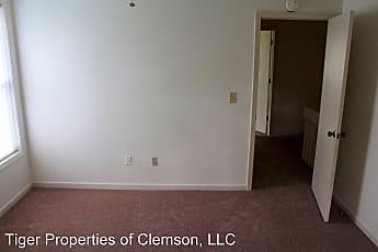 Living Room, 111 Clemson St, 2