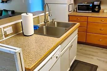 Kitchen, 526 S 225 W, 1
