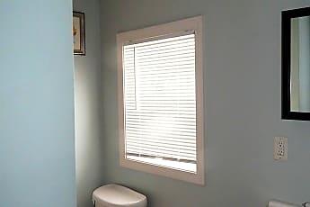 Bathroom, 63 Grove St, 2