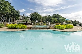 Pool, 500 E Stassney Ln, 2