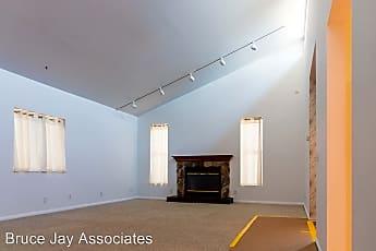 Living Room, 1620 Cerro Gordo St, 2