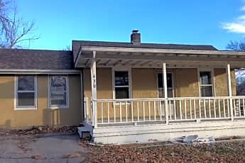 Image 1, 630 NE Russell Rd, 0
