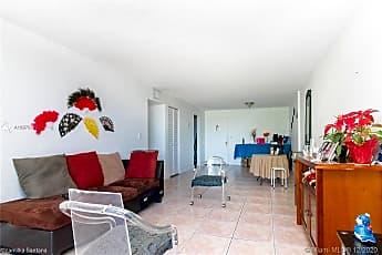 Living Room, 1805 Sans Souci Blvd 404, 0