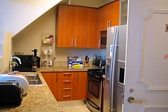 Kitchen, 620 S Gramercy Pl 406, 1