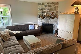 Living Room, 40 N 200 W, 0