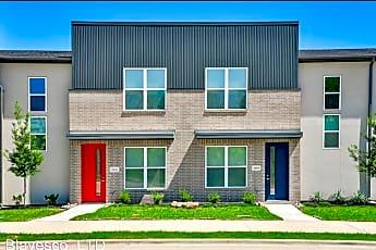 Building, 2405 Chinook Way, 0