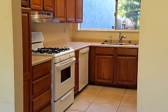 Kitchen, 528 Broderick Way, 0