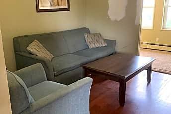 Living Room, 22174 Cushing Ave, 1