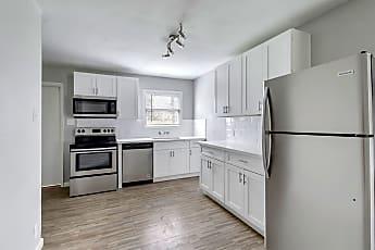 Kitchen, 107 W Saunders St, 1