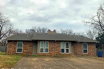 Building, 901 Acacia Cir, 0