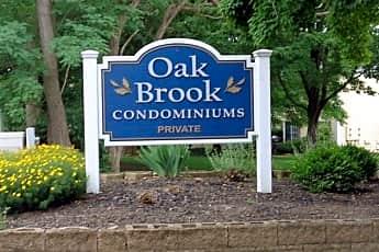 13818 Oakbrook Dr 3818, 1