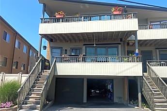 Pool, 813 Shore Rd, 1