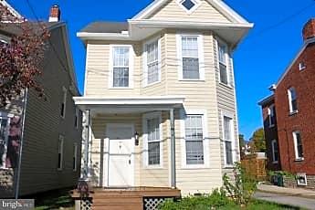 Building, 136 N Potomac St, 0