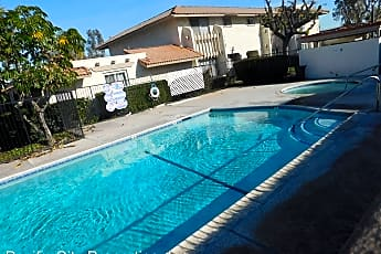 Pool, 10141 Cabo Dr, 2