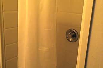 Bathroom, 26 W Queen St, 2
