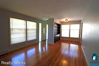 Living Room, 410 N Cotner Blvd, 1