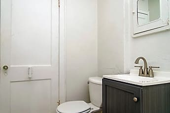 Bathroom, 2101 John Ave, 0