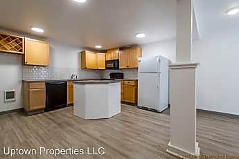 Living Room, 506 NE 114th Ave, 2
