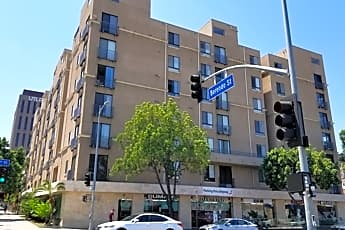 Building, 625 S Berendo St 407, 0