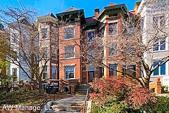 2724 13th St NW, 0