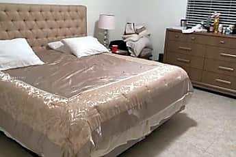 Bedroom, 303 NE 194th Ln, 1