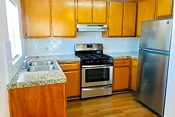 Kitchen, 622 W Maple St, 0