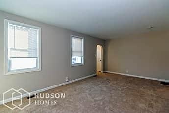 Living Room, 307 Orlando Ave, 1