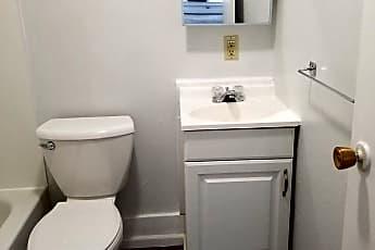 Bathroom, 704 Koenigstein Ave, 2
