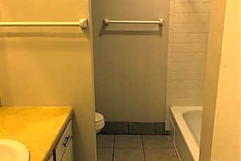 Bathroom, 404 S Seneca Ave G, 0