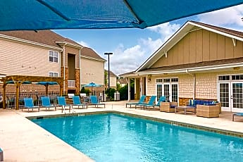 Pool, The Stratford At Hillcrest, 0