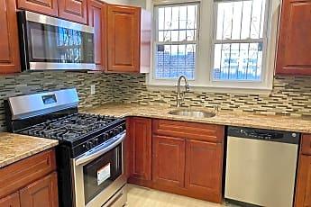 Kitchen, 1303 E Johnson St, 1