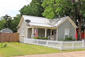 Building, 704 E Academy St, 0