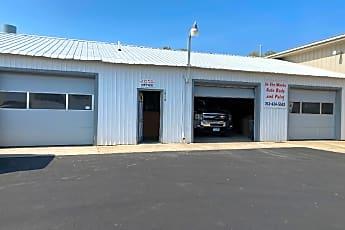 Building, 16320 MN-65, 0