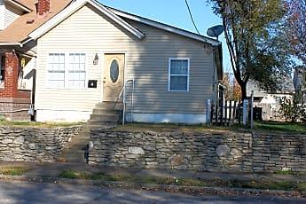 Building, 113 W Garrett St, 0