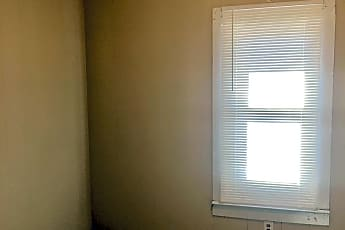 Bedroom, 308 W Norment Ave, 2