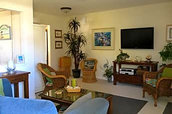 Living Room, 420 Avenida Santa Barbara, 1