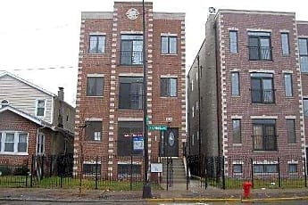 Building, 5058 N Kimball Ave 4, 0