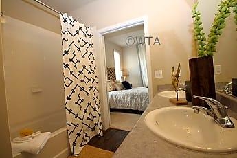Bathroom, 828 Bebee Rd, 2