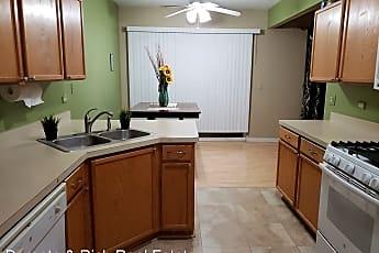 Kitchen, 437 Coventry Cir, 1