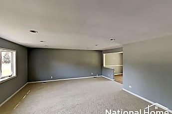 Living Room, 148 E Lincoln Ave, 1