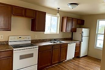 Kitchen, 404 Winneconne Ave, 1