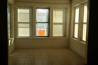 Living Room, 3322 W Adams St, 1