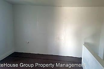 Building, 939 W Poplar St, 1