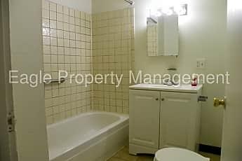 Bathroom, 1627 2nd Ave SE, 1