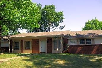 Building, 2415 Robin Cir, 0