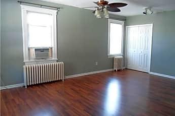 Living Room, 15 California Ave, 0