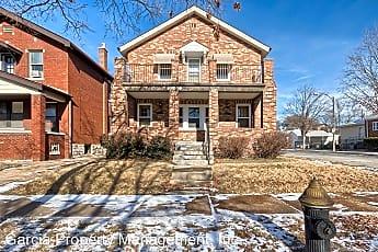 Building, 6401 Potomac St, 1