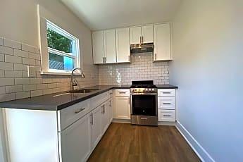 Kitchen, 2801 Daubenbiss Ave, 0